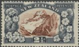 NZ SG581c 2½d Mt. Cook and Lilies perf 13¾x13½